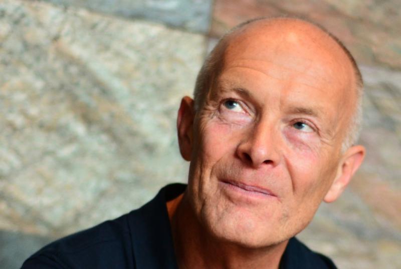David Parrish - apie spalvotus marškinėlius ir švarkus