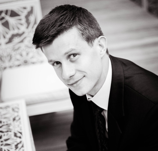 30th November Tomasz Schabek from University of Lodz (Poland) will give lecture about quantitative analysis