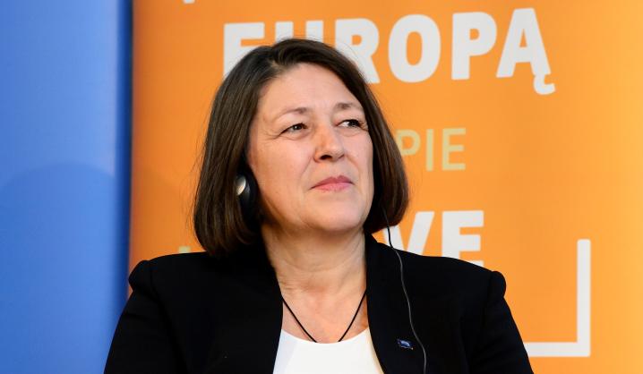 Už transporto politiką atsakinga Europos Komisijos narė dalyvavo diskusijoje VGTU