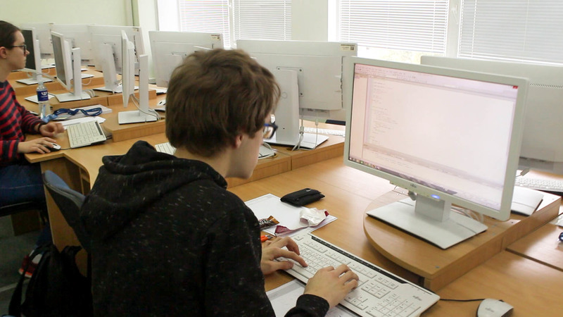VGTU vyko Lietuvos studentų programavimo olimpiada