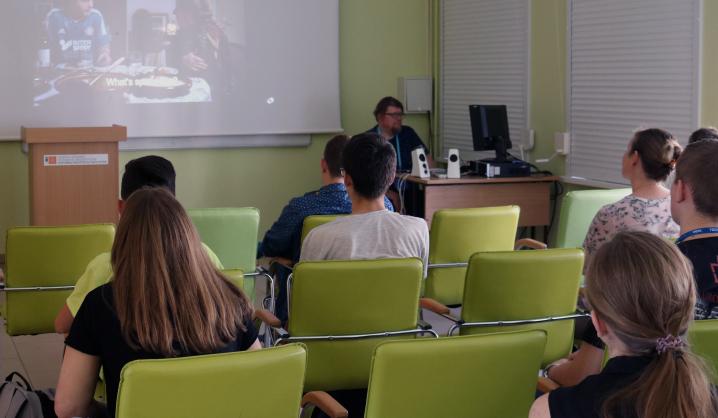 Vasarą kūrybinių industijų studentus keičia moksleiviai