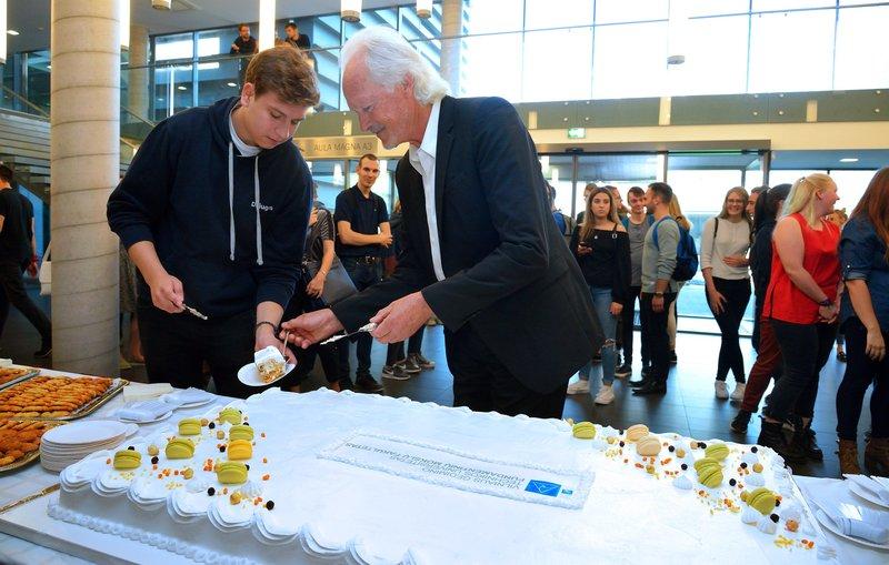 Fundamentinių mokslų fakulteto 25 - ojo   ir FMF studentų atstovybės 16 – ojo gimtadienių akimirkos