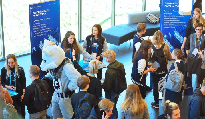 VGTU vienai dienai atvėrė duris Lietuvos moksleiviams