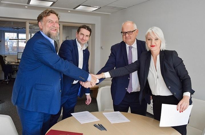 VGTU pasirašė Lietuvos švariųjų technologijų klasterio steigimo sutartį