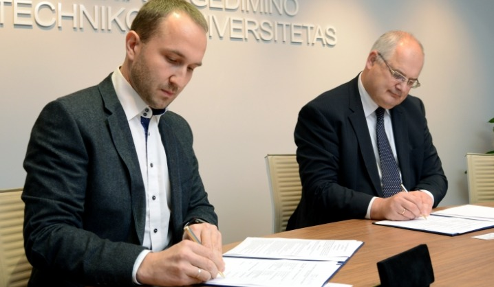 """VGTU pasirašė bendradarbiavimo sutartį su bendrove """"Easting Express"""""""