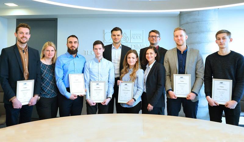 """UAB """"Eika"""" įteikė vardines stipendijas pažangiausiems VGTU Statybos fakulteto studentams"""