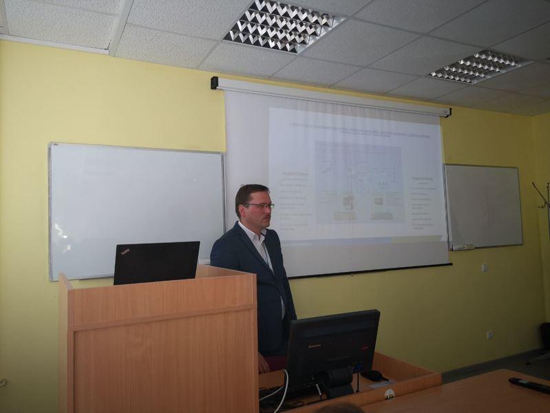 AB ,,Lietuvos geležinkeliai'' specialisto paskaita