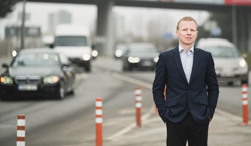 Ateities transportas: kokias sistemos problemas spręs savivaldžiai automobiliai?