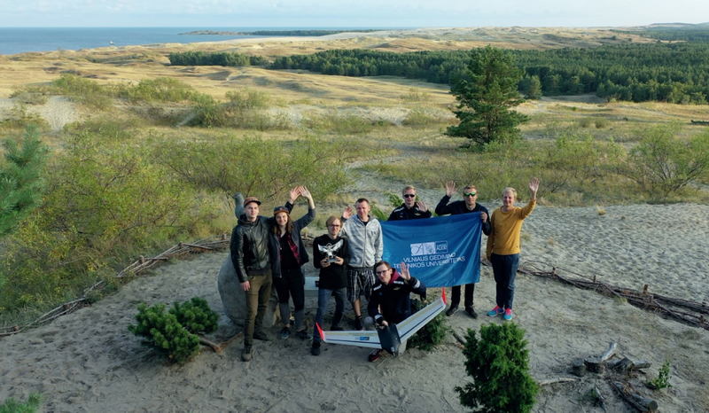 Bepiločio orlaivio skrydis per Lietuvą: aplankytos aviatorių gimtinės