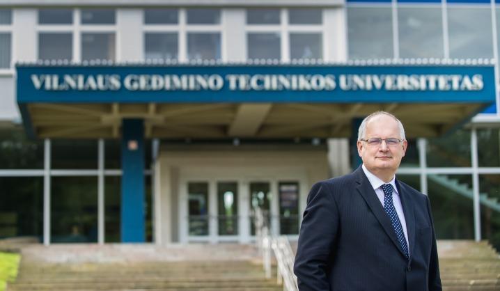 VGTU rektorius sveikina su tarptautine studentų diena!