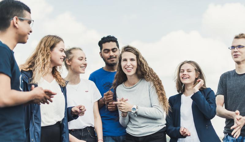 Europos komisija kitąmet skirs 3 mlrd. Eurų jaunimo stažuotėms užsienyje