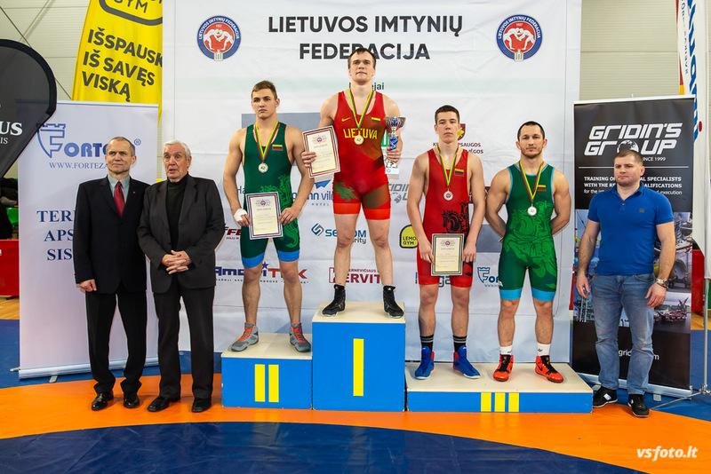Lietuvos imtynių čempionate aukso medalį iškovojo VGTU studentas