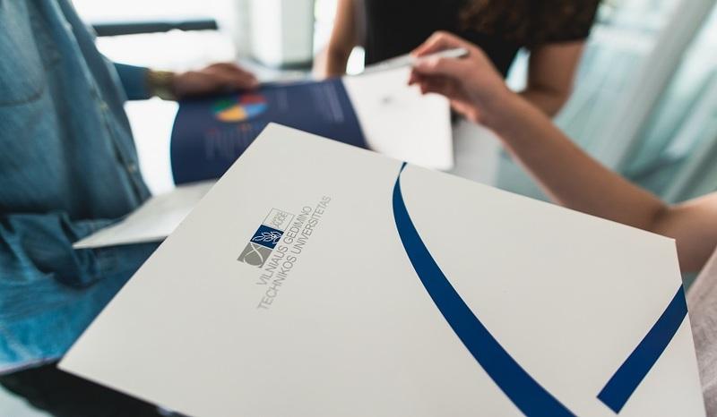 Dėl karantino koreguojamos studijų paskolų sutarčių pasirašymo sąlygos