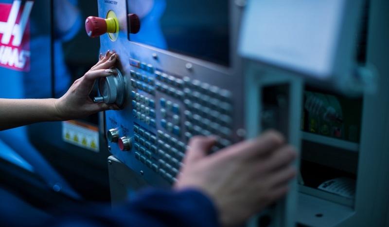 Technologinis šalies proveržis – jaunųjų elektronikos talentų rankose