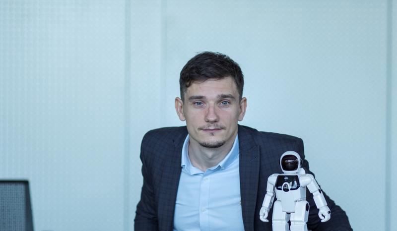 """RPA inžinierius G. Jonutis """"Robotai žmonių nepakeis"""""""