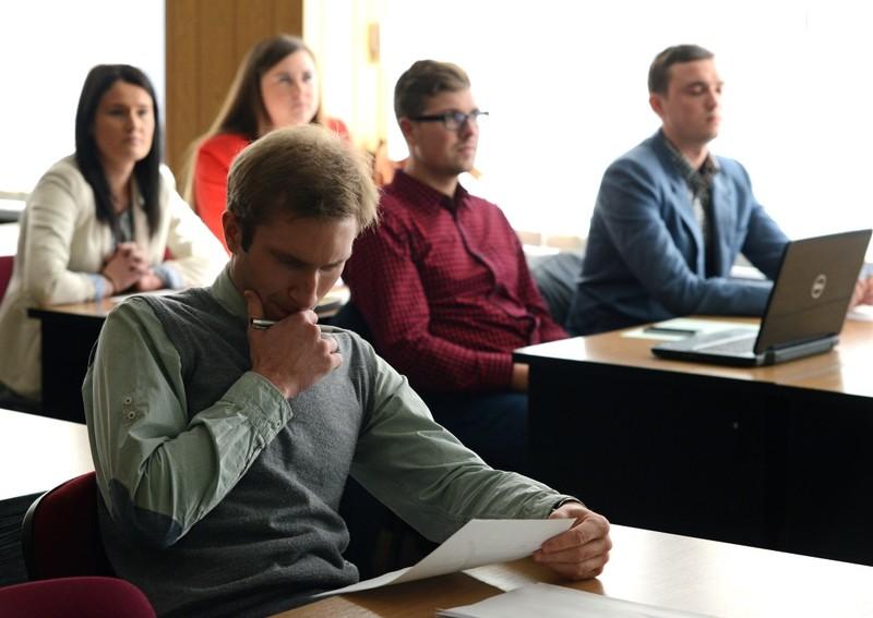 Studentams su negalia dėl paraiškų pildymo  tikslinėms išmokoms 2020 m. rudens semestre gauti