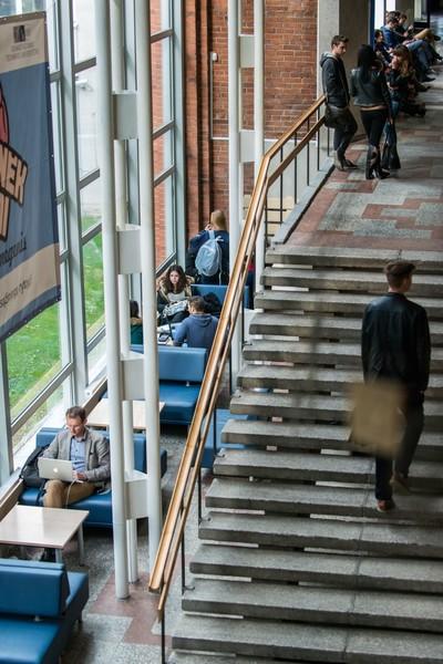 Studentams su negalia dėl papildomų paraiškų pildymo  tikslinėms išmokoms 2020 m. rudens semestre gauti