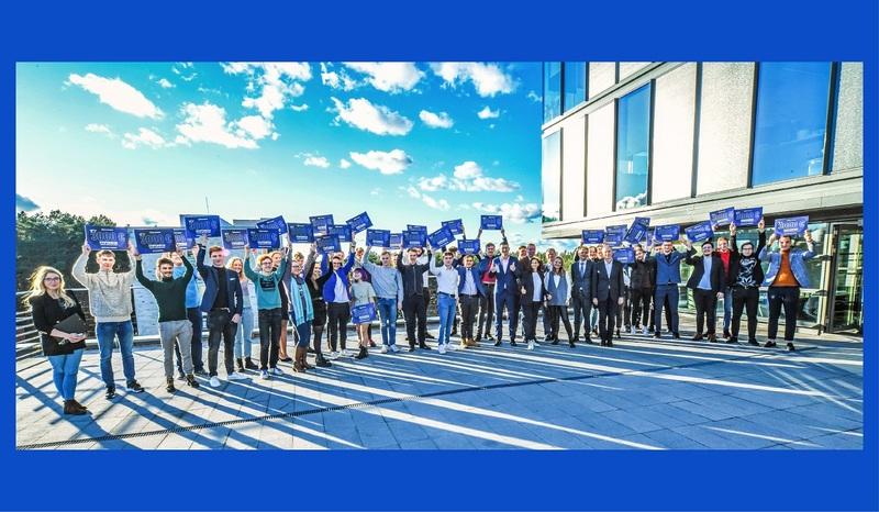 """""""Teltonika"""" išdalino 3000 Eur stipendijas technologijų studentams"""