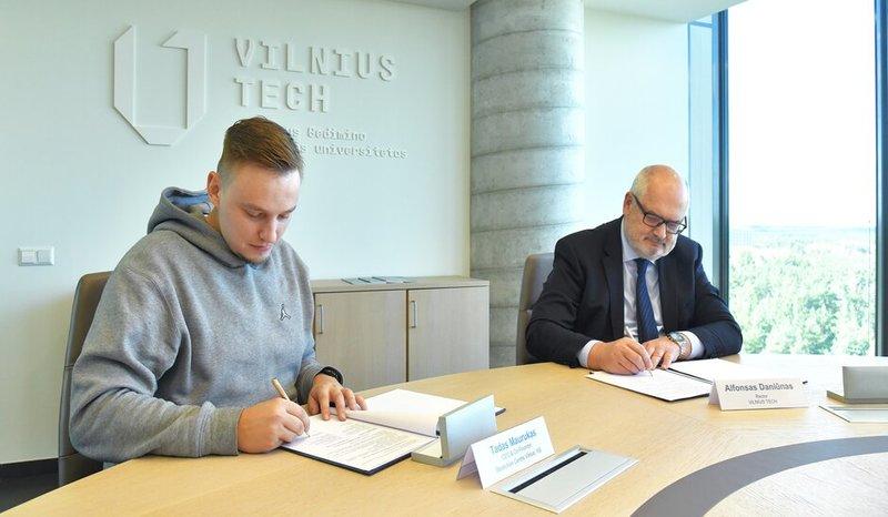 """VILNIUS TECH bendradarbiaus su """"Blockchain centre"""" – didins specialistų skaičių rinkoje"""