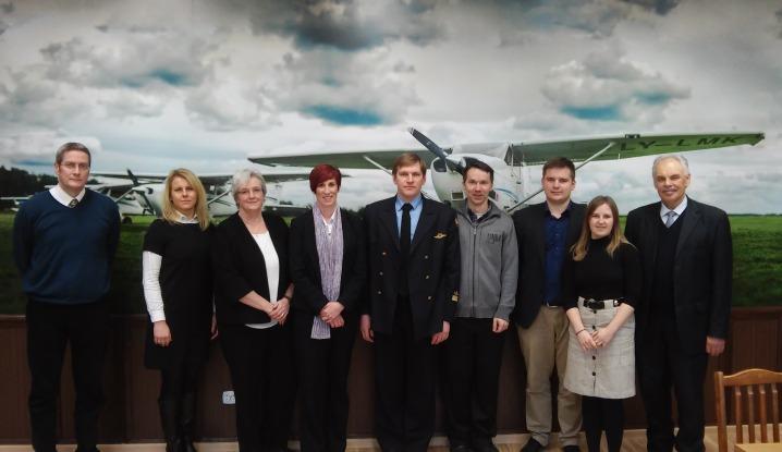 VGTU Antano Gustaičio aviacijos institute lankėsi delegacija iš Škotijos