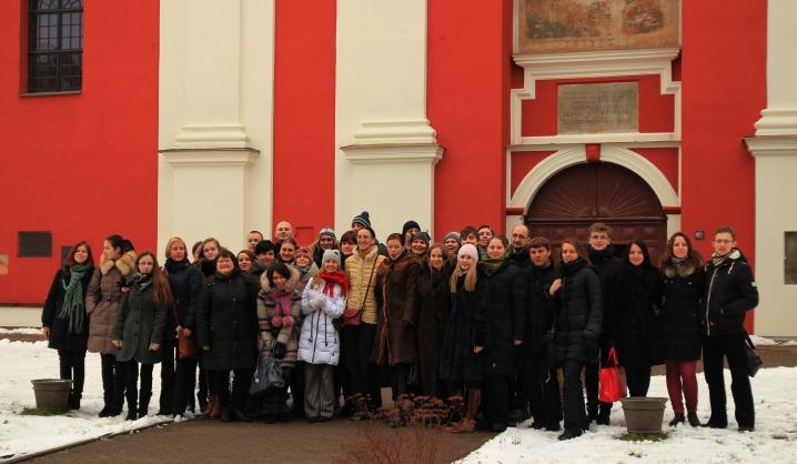 VGTU choro giesmės skambėjo dominikonų bažnyčioje