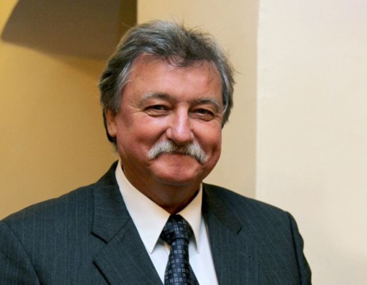 Nacionalinės žemės tarnybos garbės ženklas – prof. habil. dr. Algimantui Česnulevičiui