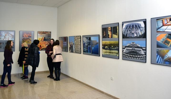 Kūrybinių industrijų fakultete atidaryta studentų fotografijų paroda
