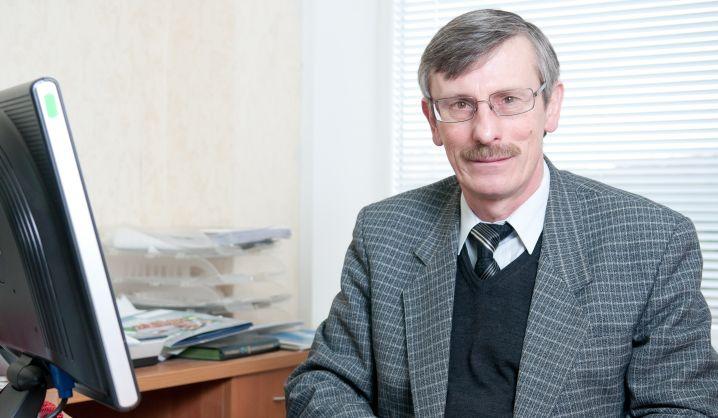 """Prof. Genadijus Kulvietis: """"Kuo žmogus gabesnis tinginys, tuo geresnis informatikas"""""""