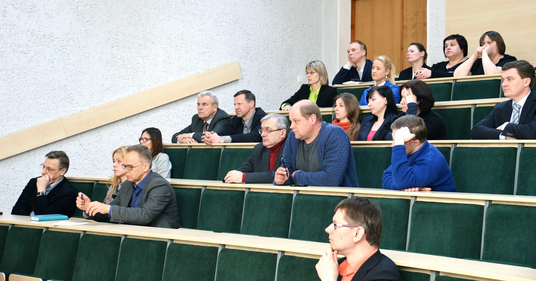 Tarybos posėdyje pristatyta Statybos fakulteto dekano metinė ataskaita
