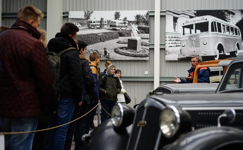 TIF ir Jaunojo inžinieriaus mokykla Energetikos ir technikos muziejuje organizavo ekskursiją-paskaitą