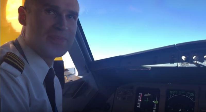 Sveikiname VGTU: absolvento D. Latvėno linkėjimai, atskrieję iš lėktuvo kabinos