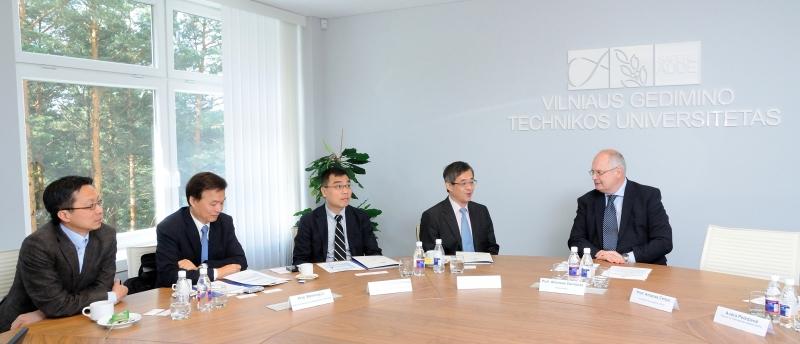 VGTU lankėsi Taipėjaus technologijų universiteto delegacija