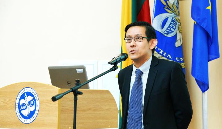 VGTU – neeilinio svečio iš Singapūro paskaita