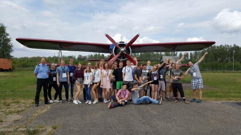 VGTU vasaros stovykla subūrė moksleivius į kūrybines ir inžinerines dirbtuves