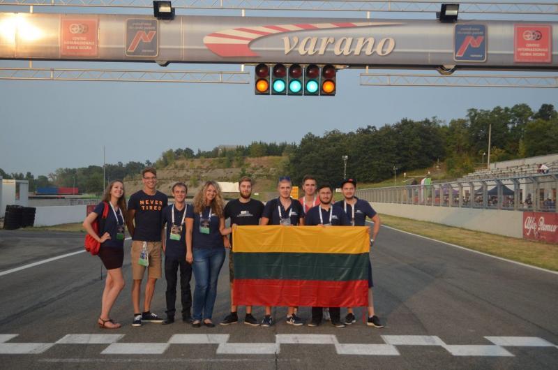 """VGTU studentai – tarptautiniame """"Formula SAE"""" renginyje (nuotraukų galerija)"""