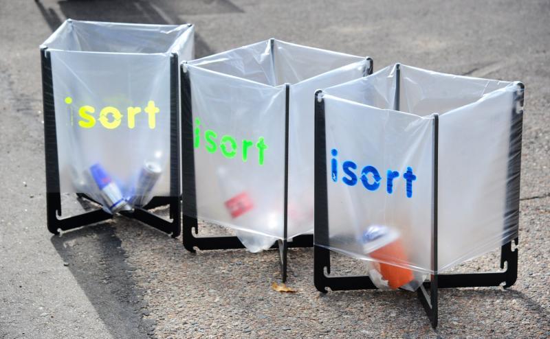 Ekologijai neabejingi kūrėjai žada supaprastinti atliekų rūšiavimą