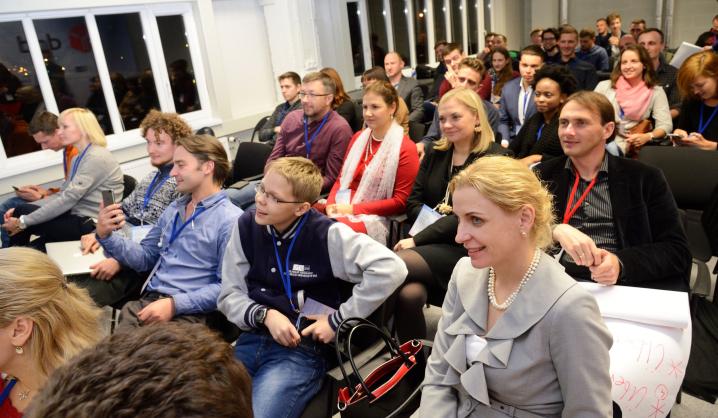 """Startuolių dirbtuvėse """"LinkMenų fabrike"""" pasiūlytas sprendimas 20 proc. padidinti Lietuvos pramonės pajėgumų išnaudojimą"""