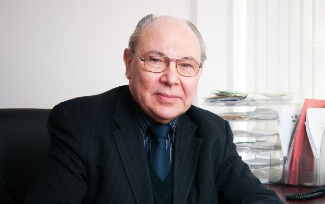 "VGTU profesorius E. K. Zavadskas tapo ""Neutrosophic Science – International Association"" garbės nariu"