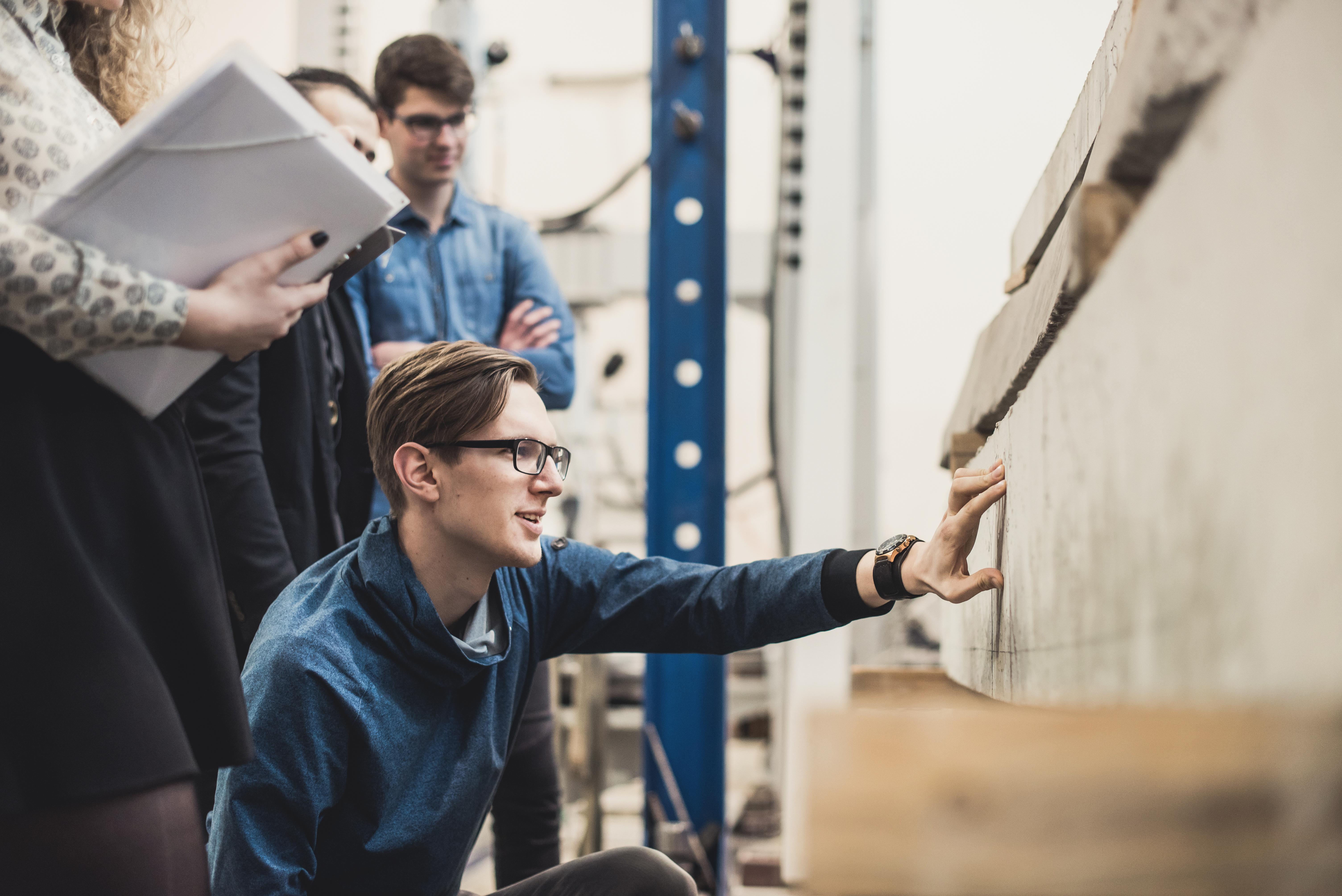 Besidomintiems statybos inžinerijos bakalauro ištęstinėmis nuotolinėmis studijomis VGTU