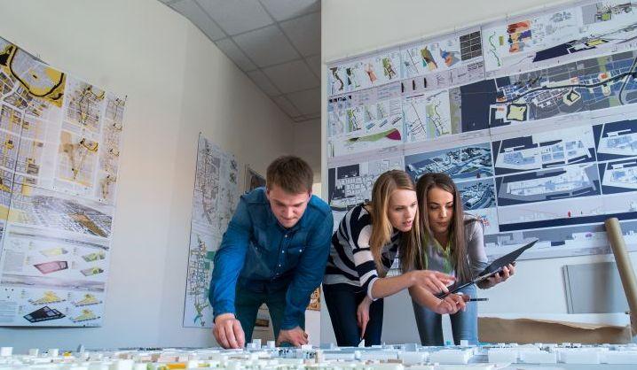 """VGTU studentams vėl bus skiriamos """"Eika"""" stipendijos"""