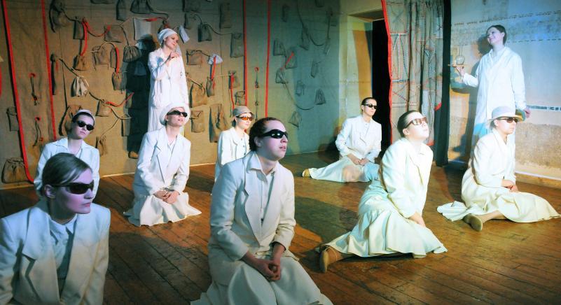 Pilnametystės sulaukęs Tarptautinis universitetų teatrų forumas kvies ieškoti ryšio zonos