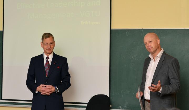 Universitete paskaitas skaitė verslo profesionalai iš užsienio