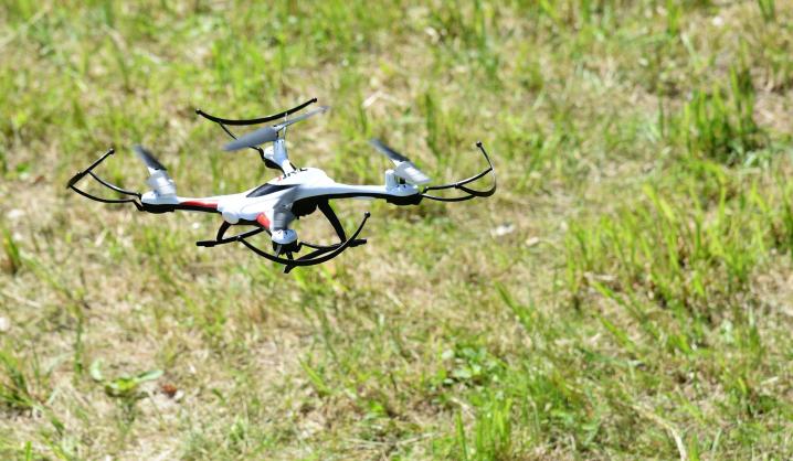 VGTU imasi dronų saugumo: kurs sistemą, užkertančią neteisėtus ir kenkėjiškus bepiločių orlaivių veiksmus
