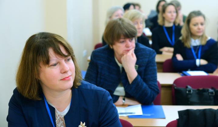 Mokslinei diskusijai VGTU būrėsi specialybės kalbų profesionalai