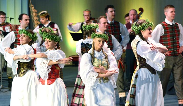 VGTU paminėjo atkurtos Lietuvos šimtmetį (nuotraukų galerija)
