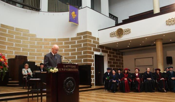 VGTU mokslininkui – Latvijos universiteto garbės daktaro vardas