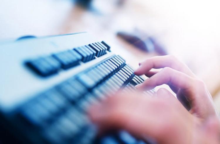 JAUNOJO INŽINIERIAUS MOKYKLA: Interneto svetainių kūrimas taikant turinio valdymo sistemą