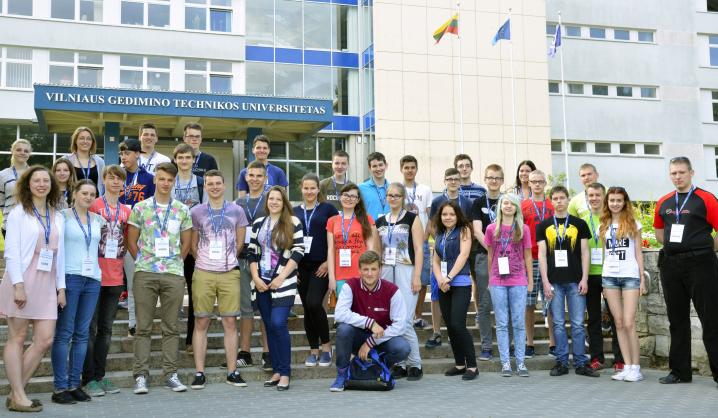 Mokiniai vienai savaitei tapo VGTU studentais